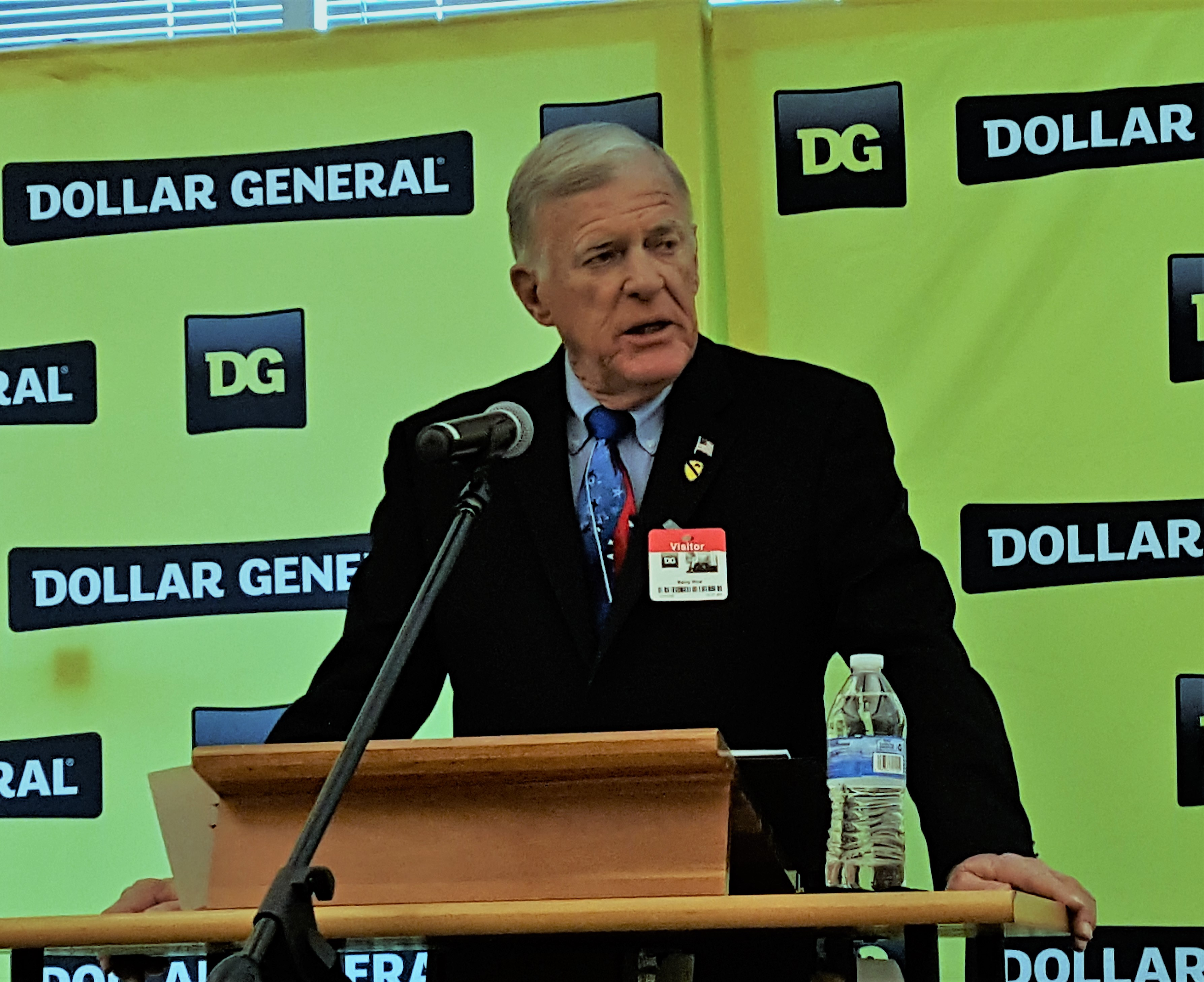 speaker barry at dollar general hosted event